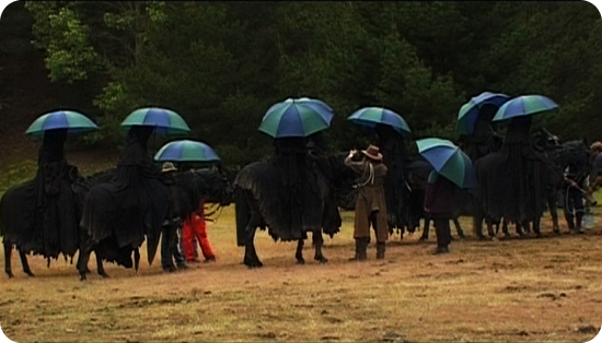 Film: LotR nazguls under umbrellas