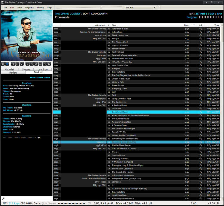 foobar2000 in june 2007 - black-blue custom theme for Brumal config and track info